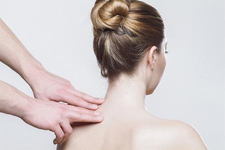 Det finns flera behandlingar att välja mellan inom området massage i Danderyd.